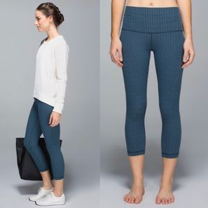 Lululemon Hi Rise Wunder Under Crops Yoga Leggings
